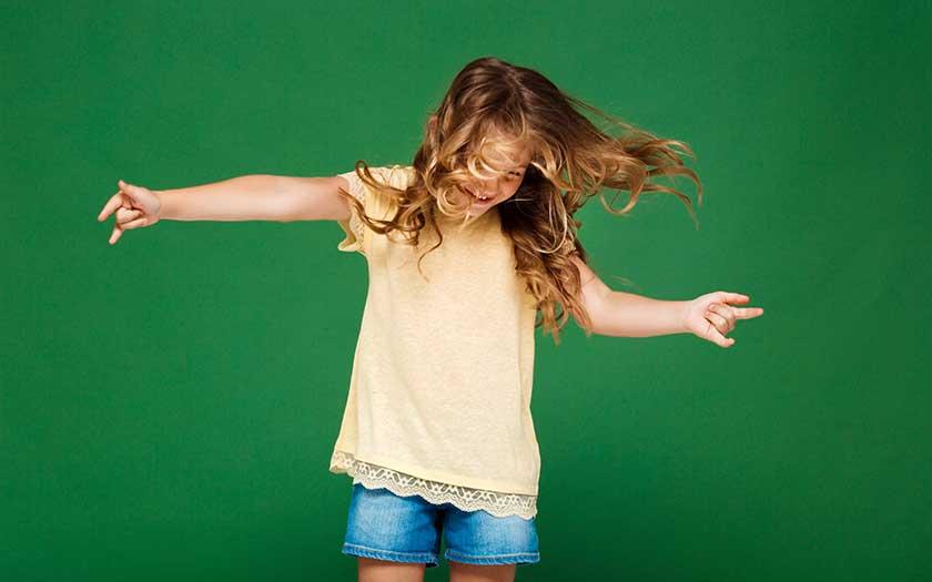 enfant danse